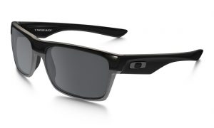 main_OO9189-01_two-face_polished-black-black-iridium-polarized.001_Presentation